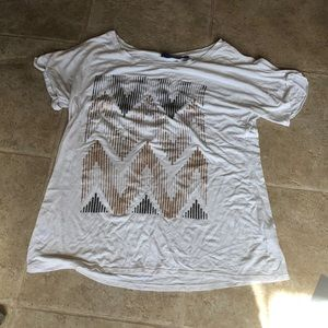 White pattered tee